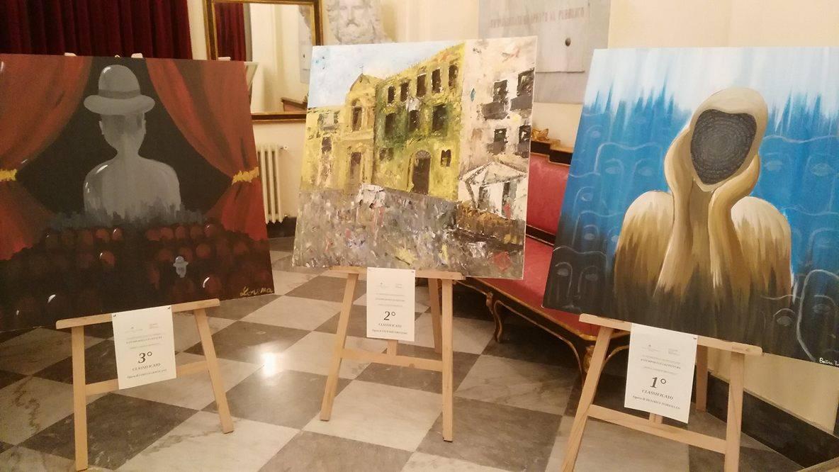 da sx opere di Lorena Giocolano, Vittorio Orlando e Beatrice Tomasello