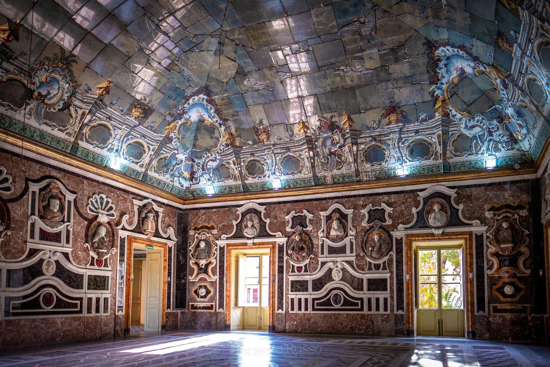 Sala degli specchi - villa palagonia foto Vincenzo Russo Terradamare3